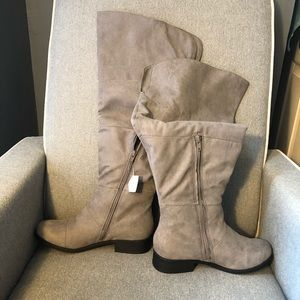 Shoes - Thigh high boots new